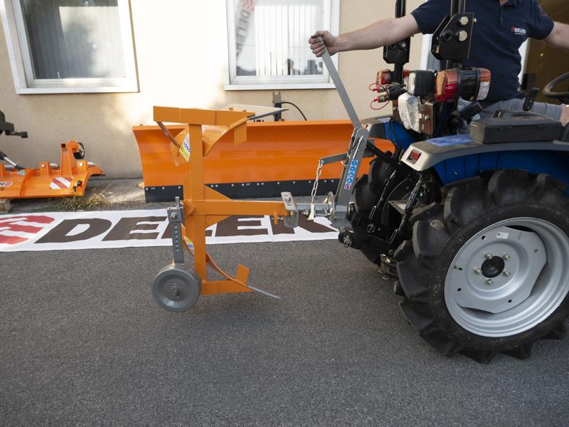 einschar-drehpflug-für-kleintraktoren-wie-z-b-iseki-kubota-mod-drp-25