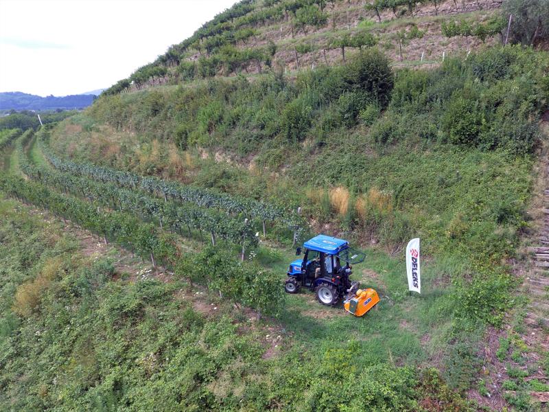 schlegelmulcher-mit-hammerschlegel-für-traktoren-wie-z-b-kubota-iseki-yanmar-120-cm-mod-lince-120