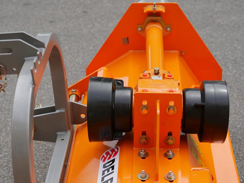 mulcher-für-front-u-heckanbau-mittelschwere-ausführung-140-cm-mod-puma-140-rev