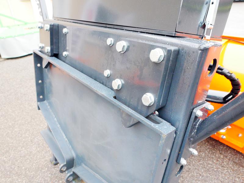 schneeschild-mit-universalplatte-schwere-ausführung-mod-ssh-04-2-2-a