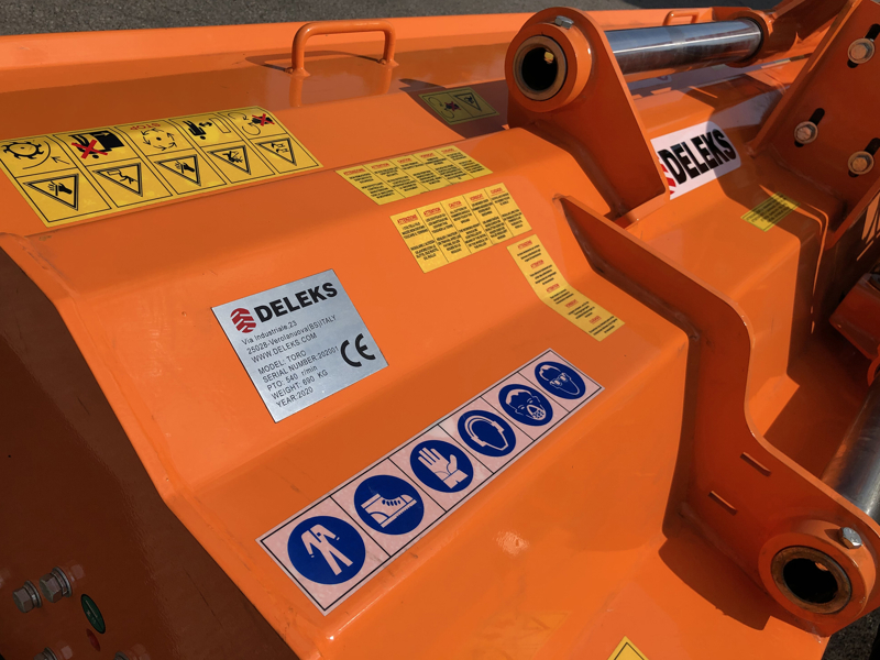 mulcher-mit-hammerschlegel-hydraulisch-verstellbar-schwere-ausführung-mod-toro-200